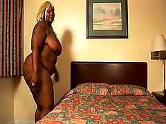 Blonde black BBW backs that ass up on this lucky black guy